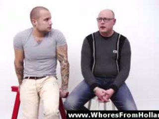 Amateur pays voor seks met blondine hoer in amsterdam