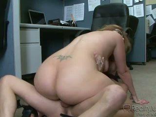 Bureau perverts 3 ava rose