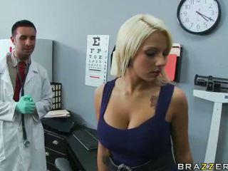 Lylith lavey getting geneukt door haar dokter video-