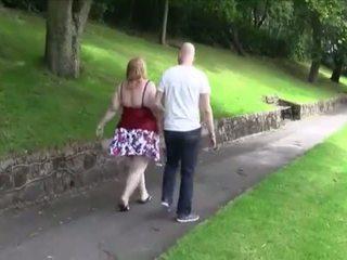 Jāšanās a apaļas vr88, bezmaksas mammīte porno video c0