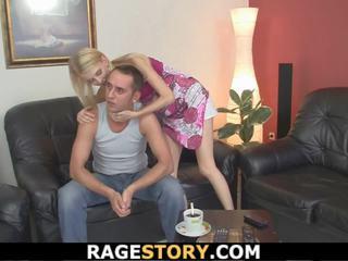 Mutter teaching sie toying und reiten, kostenlos porno 43