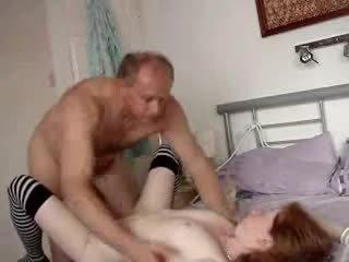 Stepdad e quente stepdaughter caseiro vídeo