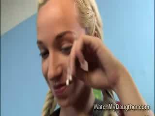 Hunky мулатки учител марки рус мацка смуча край в преден на тя татко