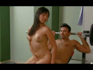 Christine nguyen di seksi warriors, gratis porno 11