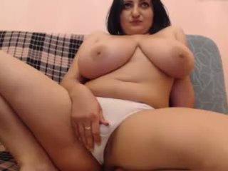 Webcams 2015 - roemeens met groot bips titties 4: ohmibod tonen