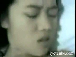 Rozita aus indonesia aus iyottubedotcom