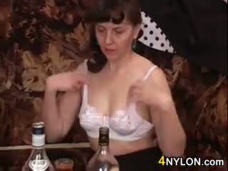 brunete, blowjob, old + young