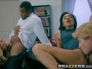 Brazzers - zz loạt - zz erection 2016 phần 4 cảnh.