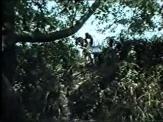 Emeis oi blaxoi opws laxei-greek vintažas xxx (f.movie)dlm