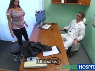 Fakehospital краля wants doctorã¢â€â™s сперма всі над її великий величезний цицьки відео