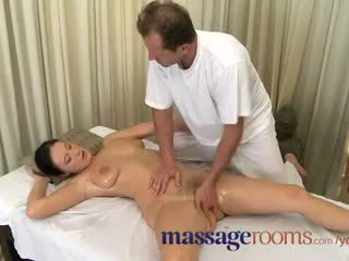 Massage Rooms Mature woman with hairy ...