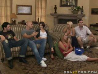 Gratis desnuda entre familia porno vídeo