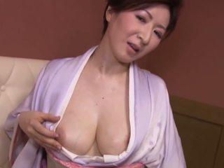 японський, великі сиськи, зрілі
