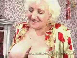 nenek, payudara besar, stoking