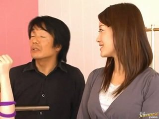 日本語 av 模型 pees