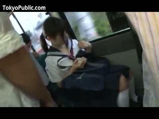 Japońskie szkoła babes dostać cumshots publiczne