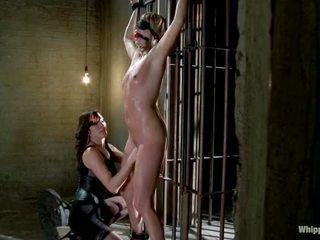 Maitresse madeline dihukum dan kacau dan hazed di sebagai direktur dari whipped bokong oleh putri donna