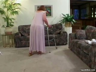 Granny loses tema hambad kuigi imemine, porno 31