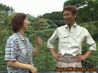 Chisato shouda 亚洲人 成熟 小鸡 gets