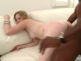 Lusty Floozy Tera Dice Feels The Throbbing Black Cock Sliding From Her Sexy Back