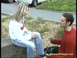 Escolher para cima alemão loira para dela primeiro anal