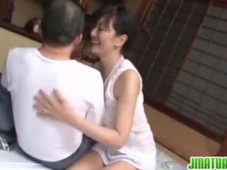 Eldre chic i japansk has sex