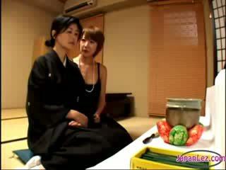 csinos, japán, leszbikusok