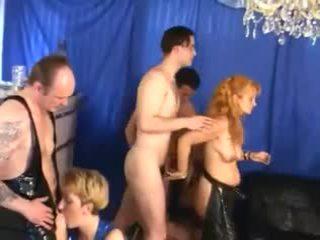 مجموعة الجنس, العهرة, خمر