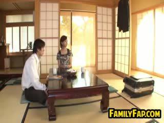 日本语 步 母亲 invitation