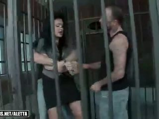 Aletta ocean getting double fucked dalam yang penjara