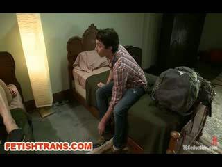 Ts Annalise Rose Tricks her Backpacking Partner
