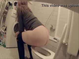 لي sister و لها friends اشتعلت pee خلال ل حزب