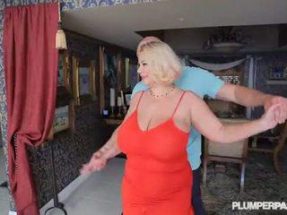 Berpayu dara besar perempuan tak senonoh milf samantha 38g fucks kolej dance instructor