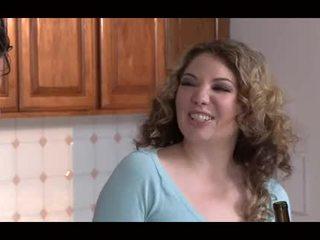 Mothers & sons 2 - Amber Lynn Bach