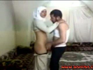 Egipčanke hijab prasica