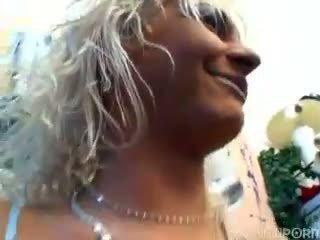 blondīnes, piedzēries, mmf