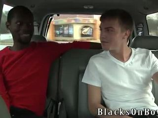 Cameron davis loves vsak inch od a črno coc