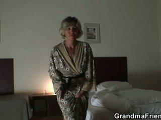 현실, 늙은, 할머니