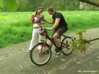حفر بواسطة ال cyclist