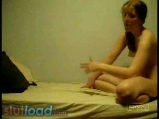Camila & veronica - sıcak lokma akrobatik kızlar üzerinde yatak