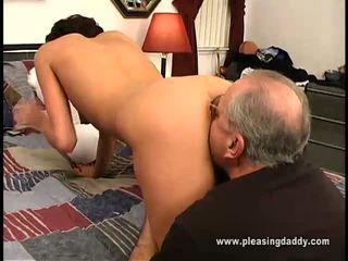 Nikita gets szar által régi férfi jesse