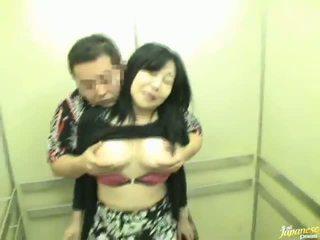Elevator shafting न दूर से sensuous चाइनीस मिल्फ!