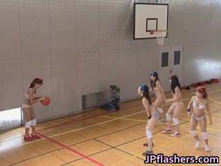 Basketbal hráč dievča súložiť