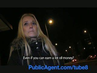 Publicagent sexy pirang fucks me in a publik place