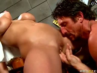 Alanah rae got fingered कठिन द्वारा lusty fellow