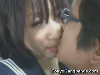 Naive gagica în tokyo autobus!