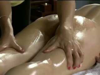 Massage turn to lesbian