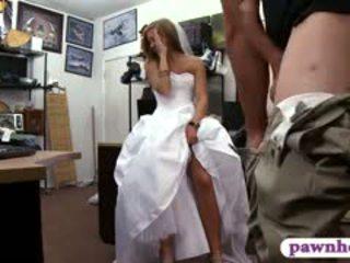 Μωρό pawns αυτήν γάμος φόρεμα και railed με pawn φύλακας