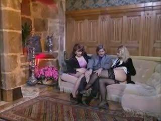 Vintage French 3some FFM, Free Hardcore Porn 12