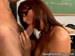 אדום haired מורה desi foxx gets שלה פה busy מוצצת a קשה אדם סוכרייה על מקל